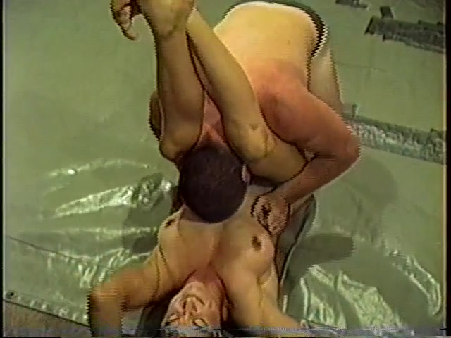 CS-BEST- 22   Rugged Mixed Wrestling